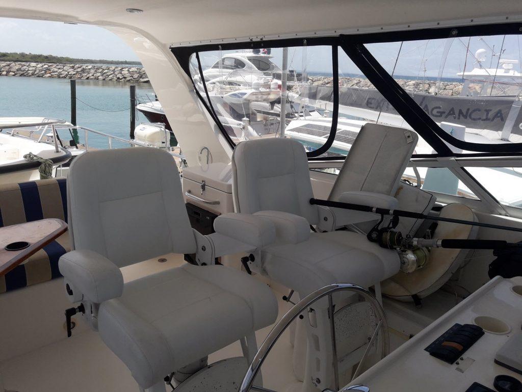 yacht-for-rent-casa-de-campo-bridge