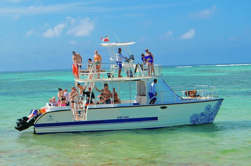 10-private-boat-charter-rental-saona-catalina-casa-de-campo