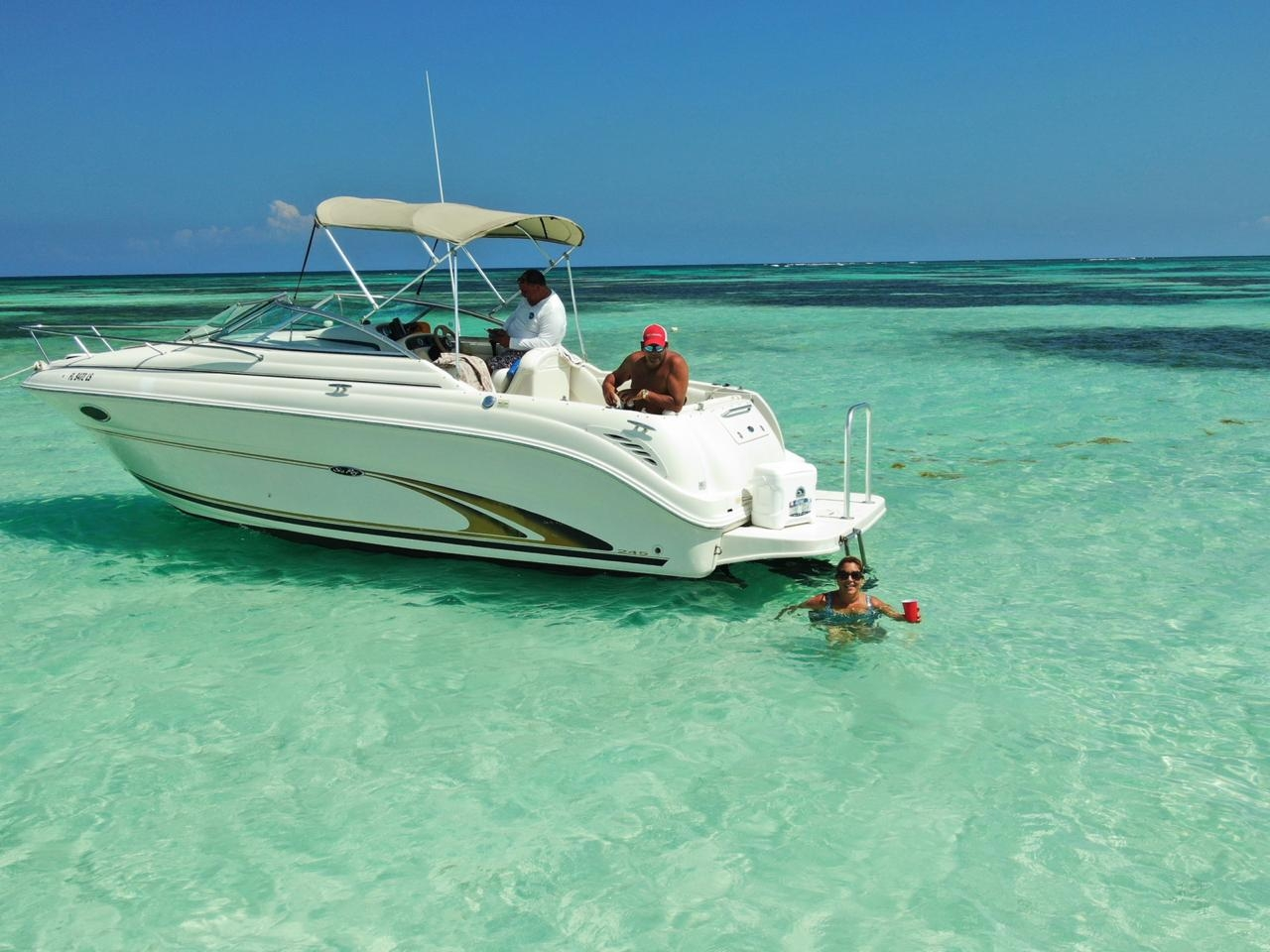punta-cana-private-boat-yacht-charter