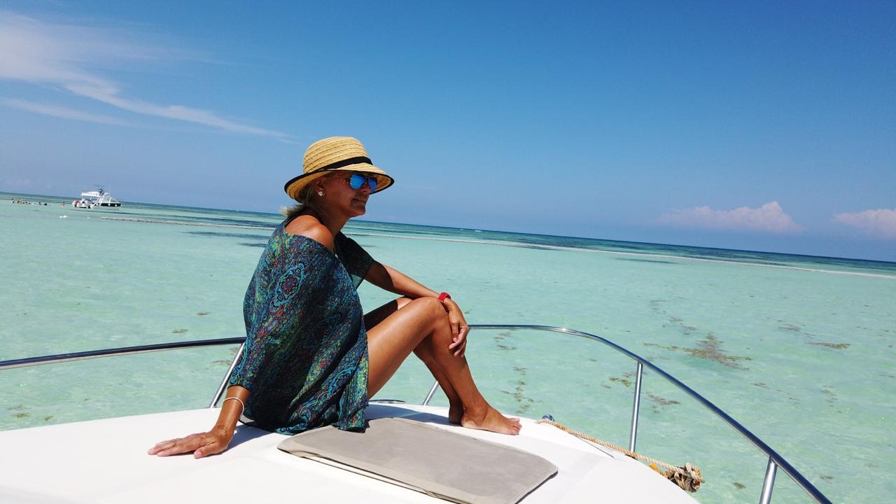searay-punta-cana-private-boat-yacht-charter