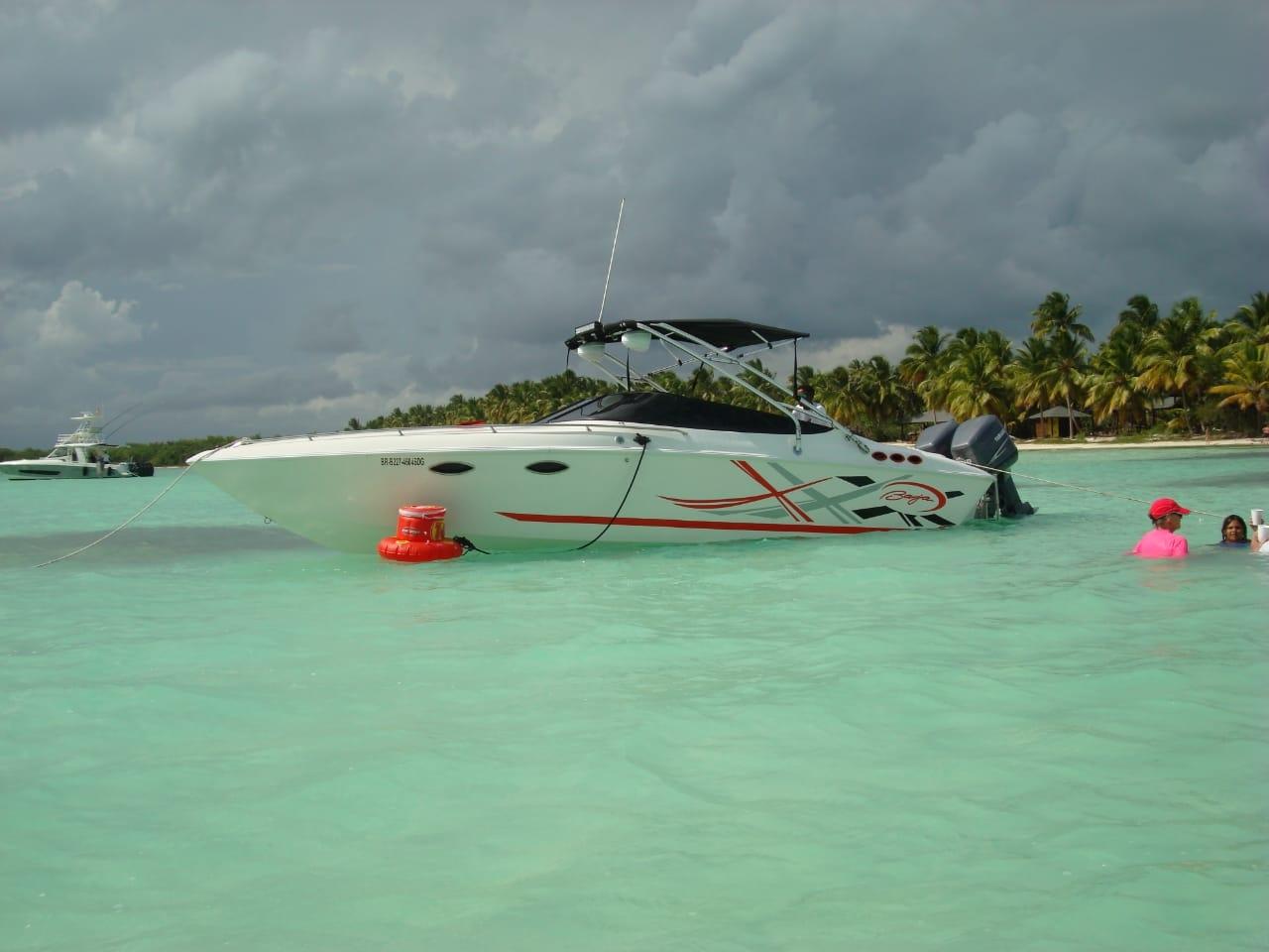 barco-motor-bayahibe-saona-3