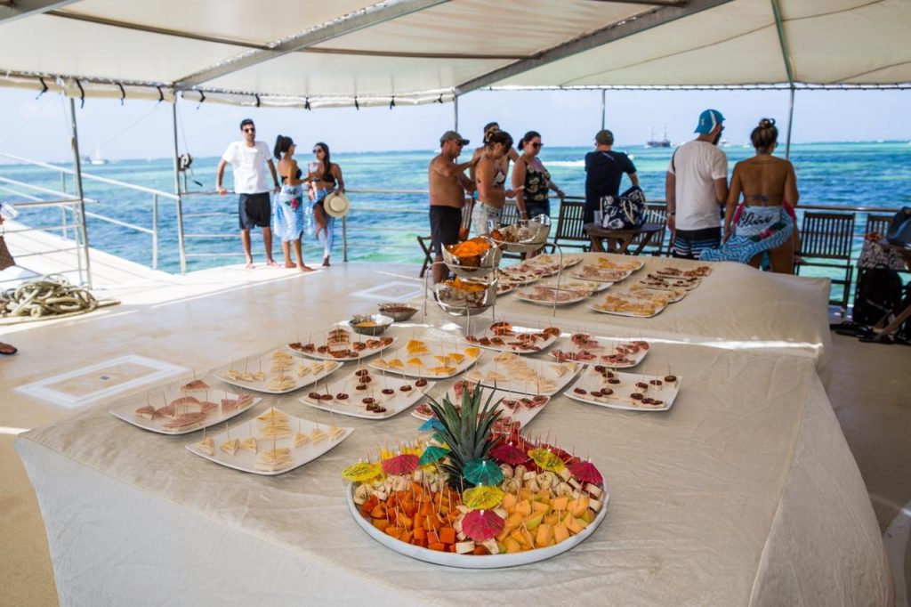 homewannab0a15public_htmlwp-Catamaran Wedding Boat Punta Cana catering