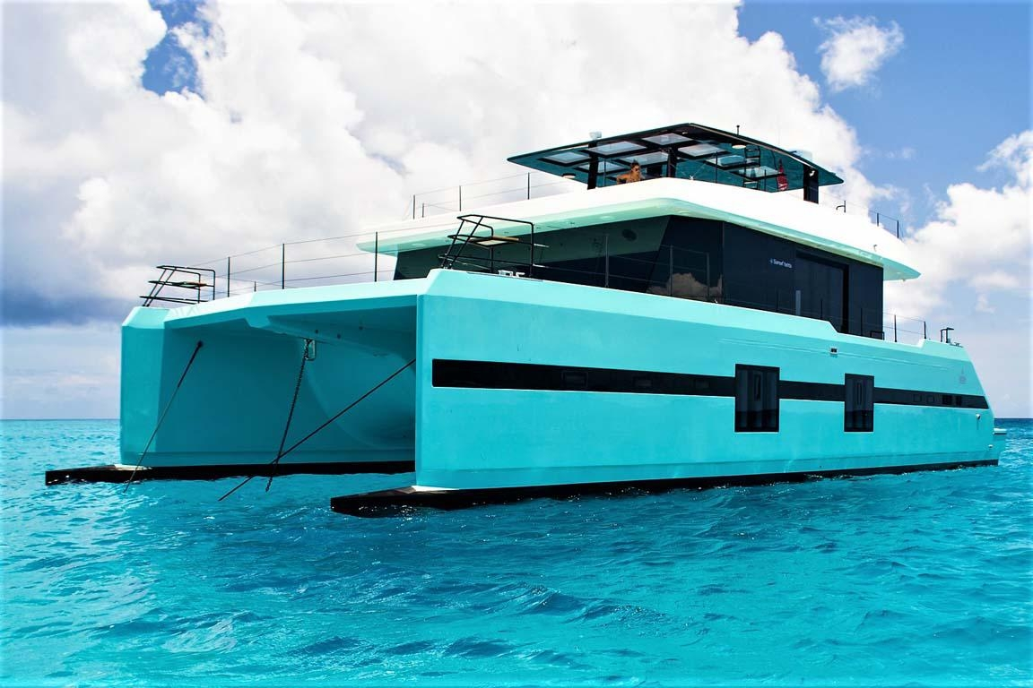 luxury-private-catamaran-charter-casa-de-campo