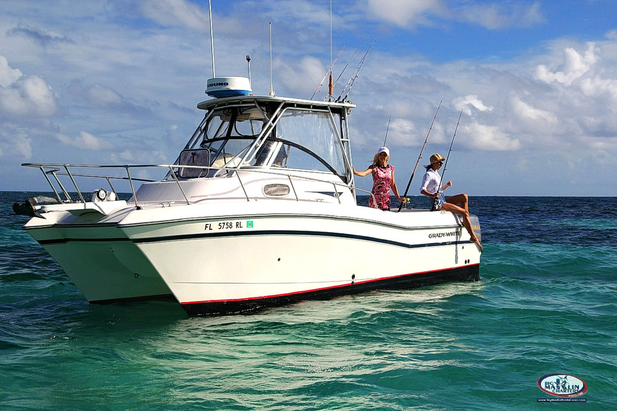 bottom-fishing-reef-charters-punta-cana-private-boat-front