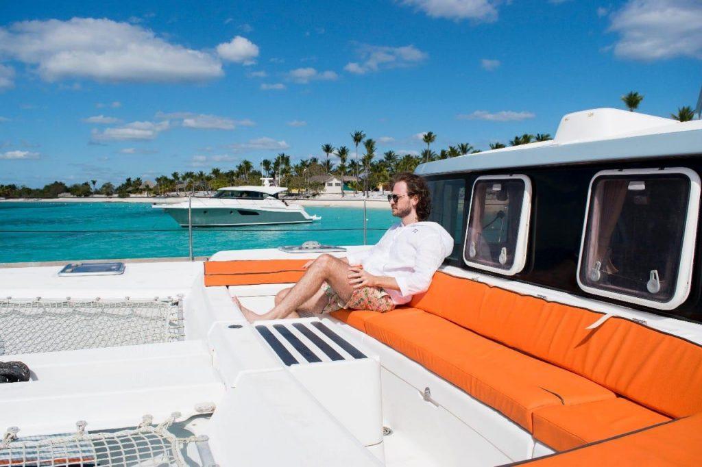 luxury-Catamaran-Private-Charter-Casa-de-Campo-to-Saona-Palmilla-Catalina-1024x682